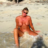 Buff Beach Babe - Exposed In Public, Water, Beach Voyeur