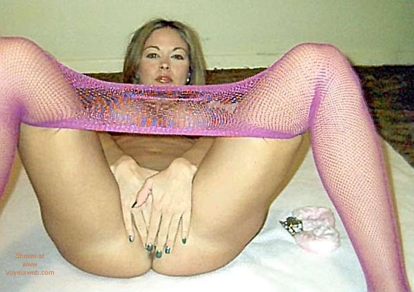 Pic #5 - Starr in Pink Fishnets