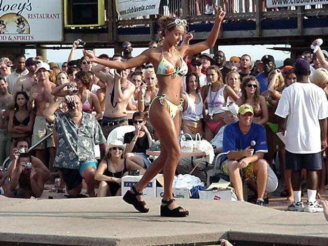 Pic #2 - Bikini Contest Part 3