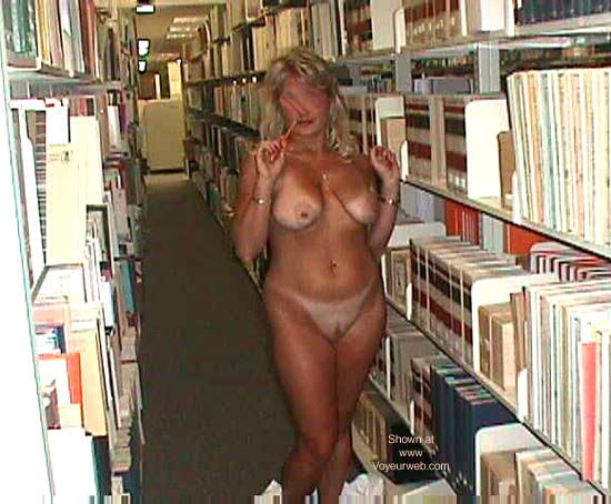 Pic #9 - Shekoyote in The Library