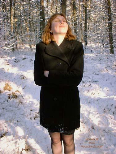 Pic #7 - Veronique In The Snow