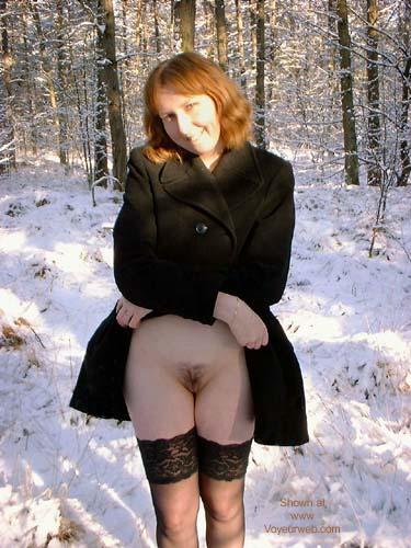 Pic #8 - Veronique In The Snow