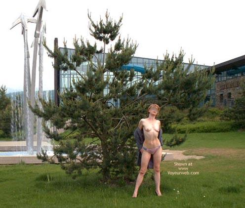 Pic #8 - Julie Hsavoie At G8 2