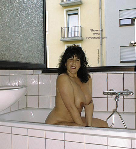 Pic #1 - Victoria in the Tub