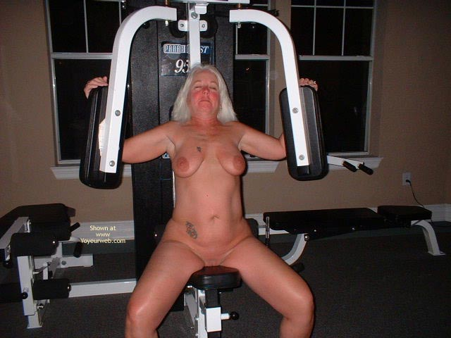 Pic #8 - Tammy Having Fun In The Wieght Room