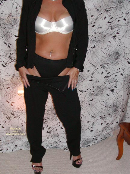 Pic #2 - Soo Hot In Black!!!!