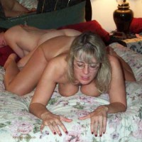 Flirting Wives Club