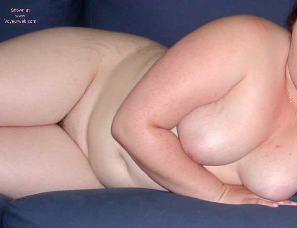 Pic #4 - Full Figured 19 YR Old