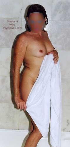 Pic #4 - 37y/o Aussie Mum In Shower - 2