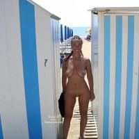 Nude On Beach - Nude Beach, Nude In Public