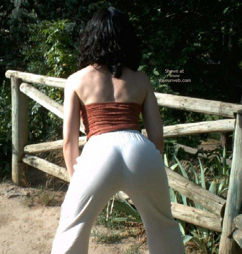Pic #2 - Spanish Flame Tits In The Garden 1