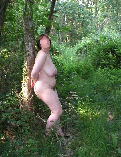 Pic #4 - Suzie In Wood