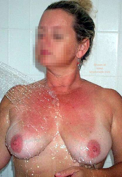 Pic #1 - Nude Wife In Spa Again!