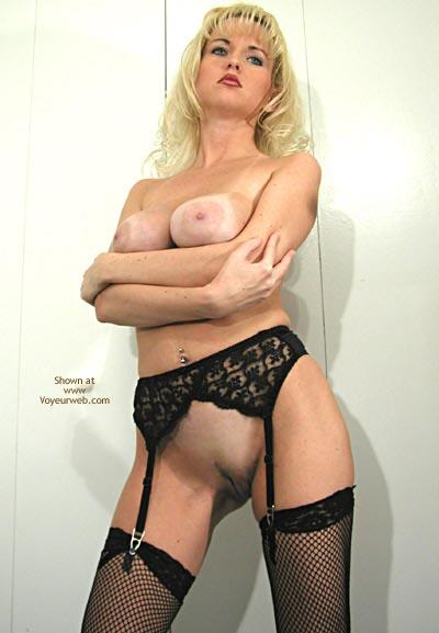 Pic #8 - Nadine Goes Blonde
