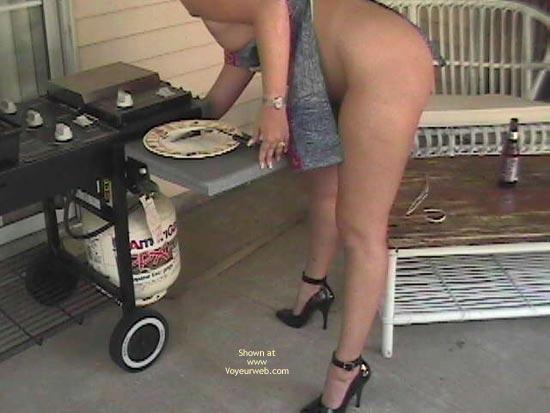 Pic #5 - Cookin Ass