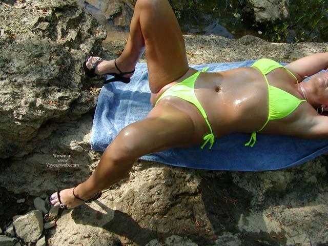 Pic #9 - Soo Hot On The Rocks