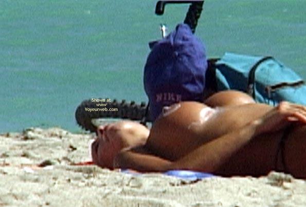 Pic #10 - Sun Tan Lotion On The Aereolas