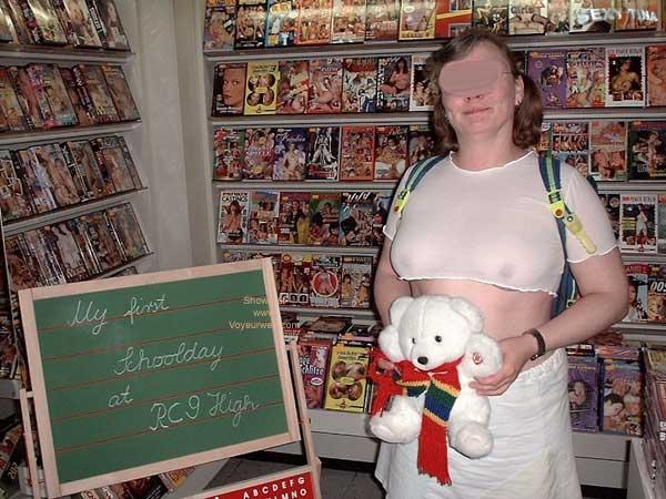 Pic #1 - Sexytina is a Naugty College Schoolgirl 1