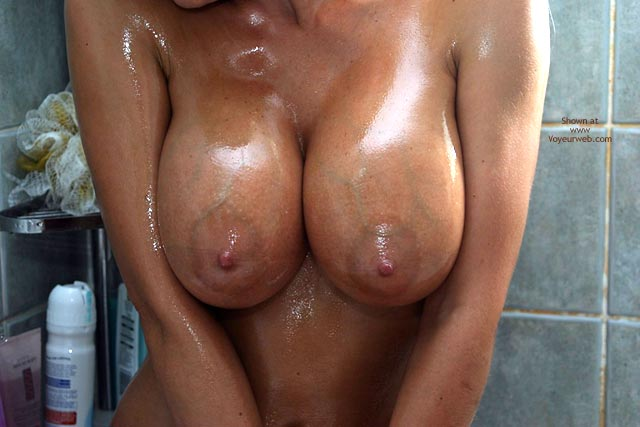 Pic #7 - Jan Oiling My Bod