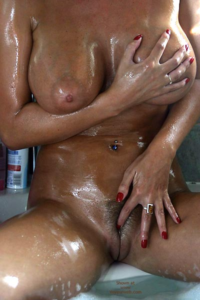 Pic #9 - Jan Oiling My Bod