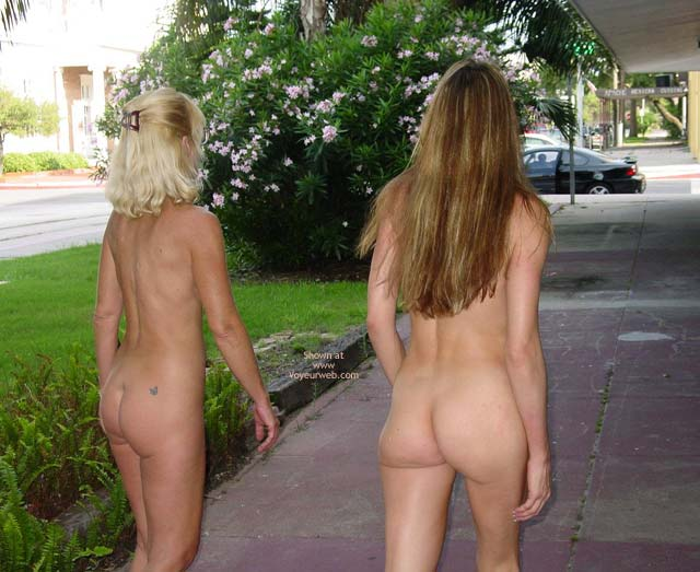 Pic #5 - Let'S Walk Naked Around Downtown!!