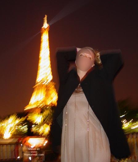Pic #6 - Flash Cards Bunny Enjoying Paris, France