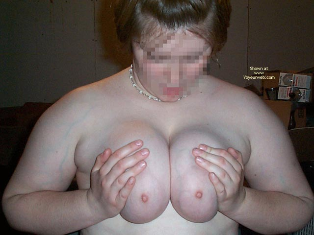 Pic #3 - 22 Year Old Wife First Timeshows Off
