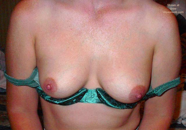 Pic #9 - Wife Titts