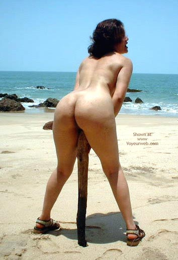 Pic #3 - Naughty Recreation On Lonely Beach