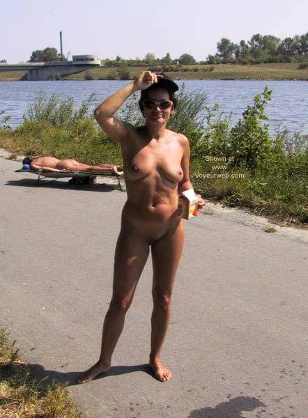 Pic #5 - Danube Island