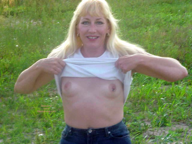 Pic #2 - 42 Year Old Blond Grandmother