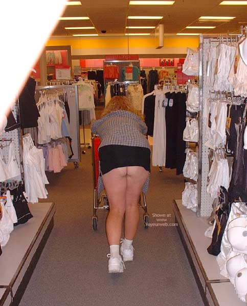 Pic #4 - Flashing While Shopping In Denver