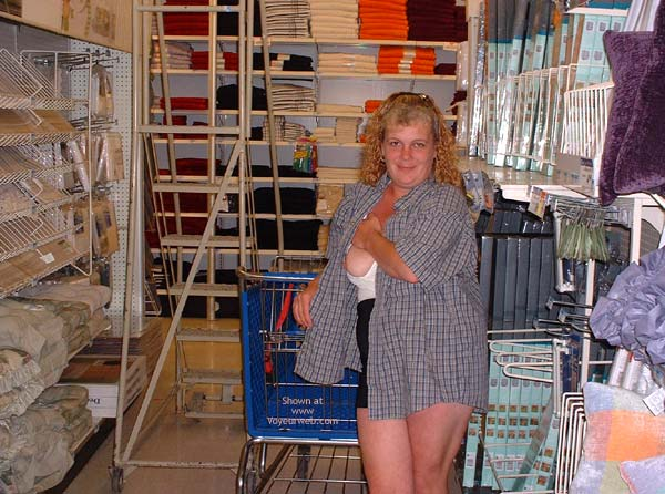 Pic #5 - Flashing While Shopping In Denver