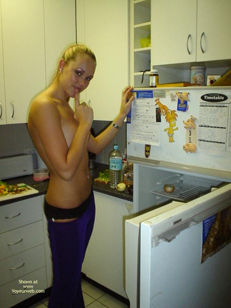 Pic #8 - Aussie Jewel Back In The Kitchen