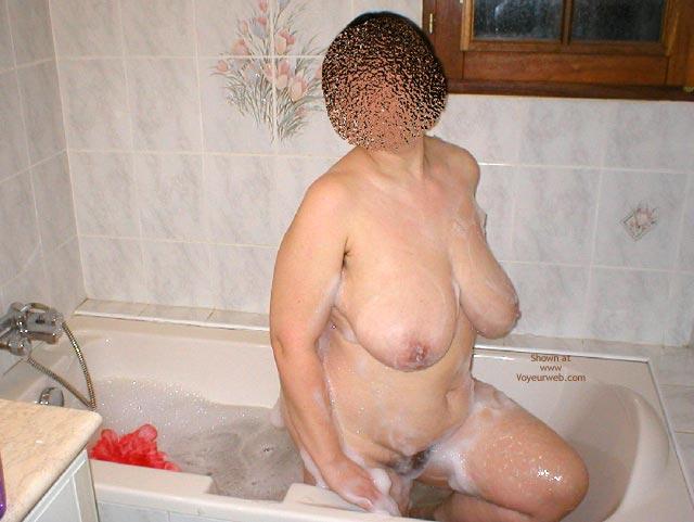 Pic #2 - Suzie In Th Bathroom