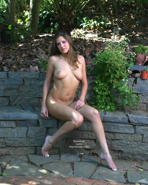 Pic #7 - Alyssa In The Backyard