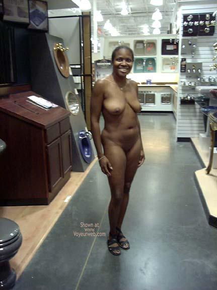 Pic #8 - Naked Vixen Refueling