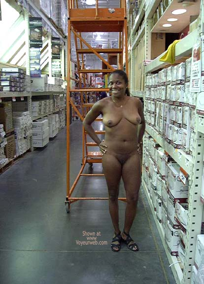 Pic #9 - Naked Vixen Refueling