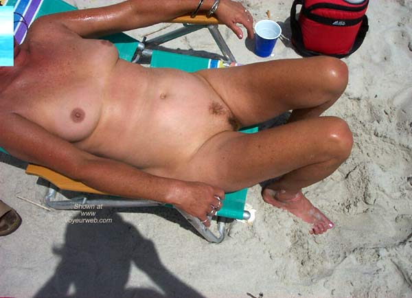 Pic #2 - Suzziepoohs Nude Beach Vacation
