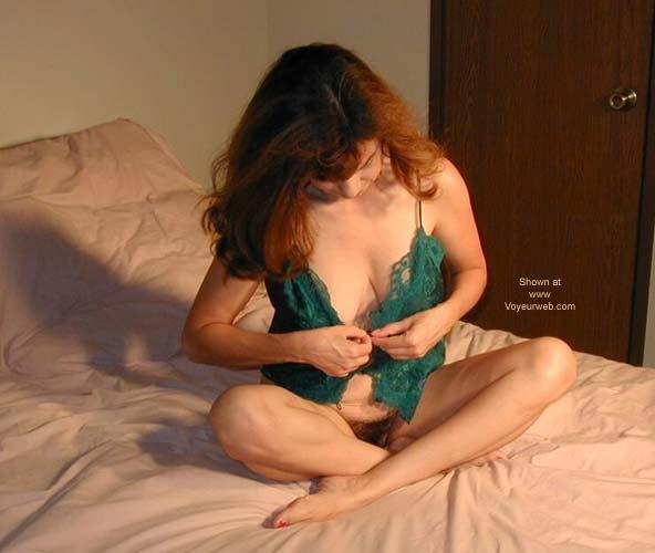 Pic #1 - Newton Undressing