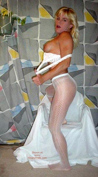 Pic #7 - Laney In Fishnet Pantyhose