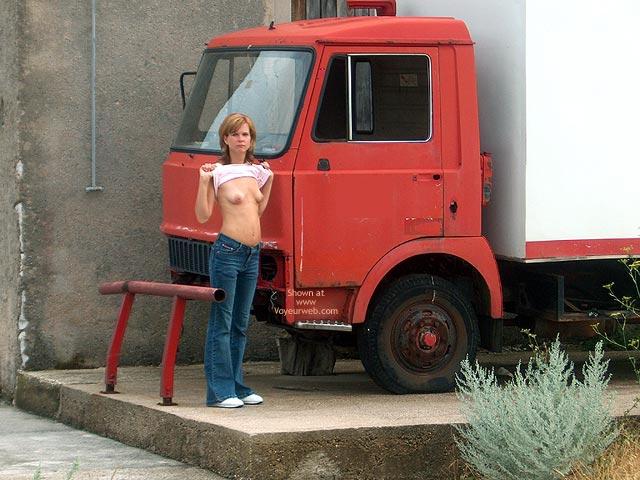 Pic #1 - An Der Strasse
