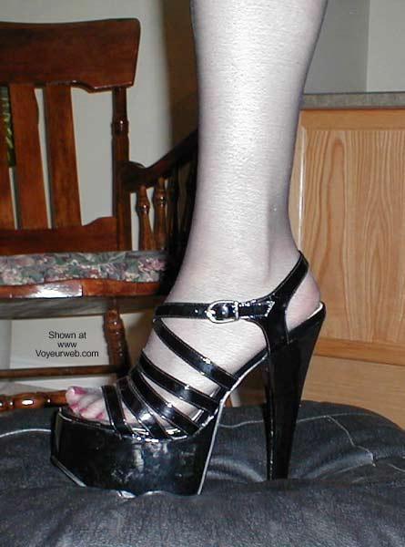 Pic #4 - Stalkings, Heels and More!!