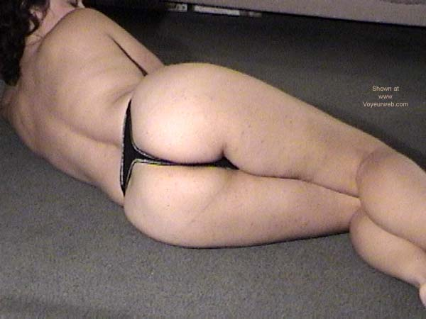 Pic #4 - Hot Little Wife