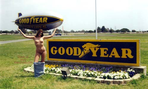 Pic #3 - Hollywood Flasher at The Goodyear Blimp 1