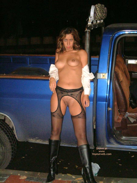 Pic #1 - Alice  In The Road With Truck