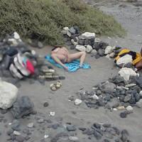 Relaxing in de Beach