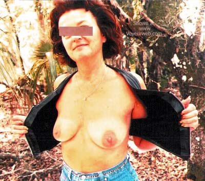 Pic #2 - Over 40 Wife in Florida Woods 4