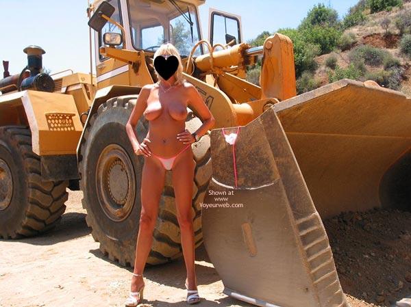 Pic #6 - Toni In And Out Of Her Bikini!