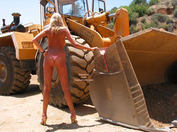 Pic #7 - Toni In And Out Of Her Bikini!